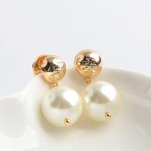 Tory Burch ♥️NEW♥️ Logo Faux Pearl Drop Earrings